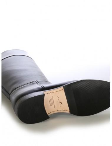 Bottes cavalières sur mesure cuir noir et bordeaux élégantes