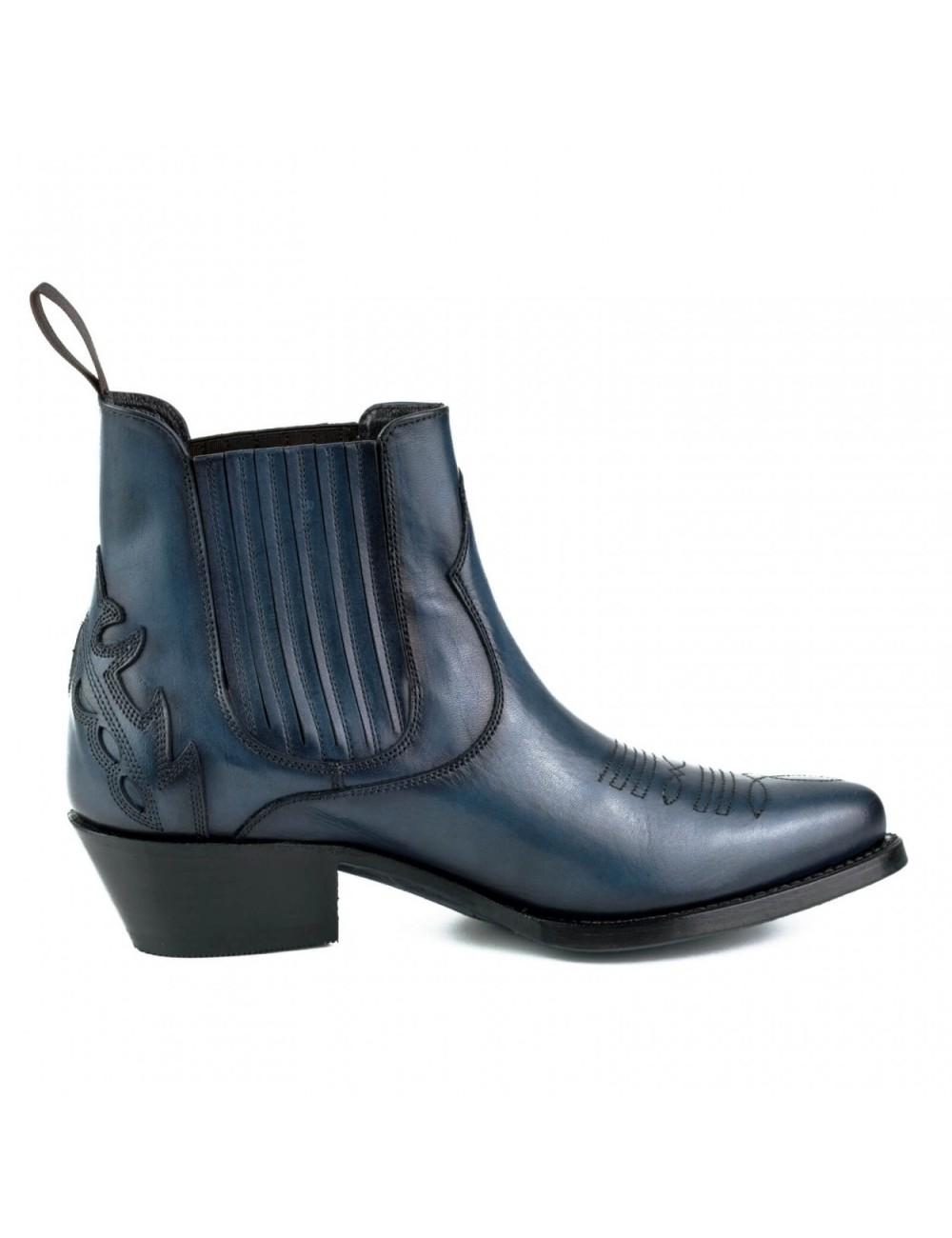 https://latelierdelabotte.com/7978-large_default/bottines-femme-bleu-marine-cuir.jpg