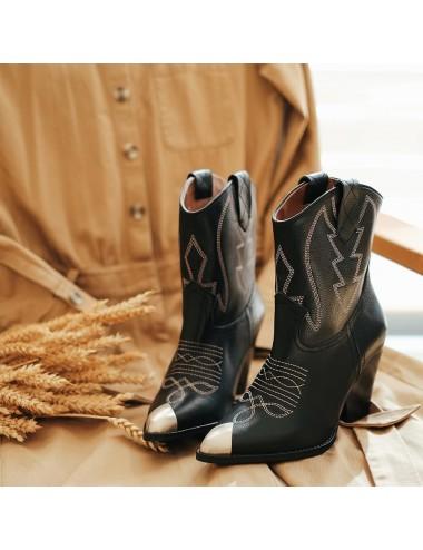 Bottines cowboy cuir noir à talon