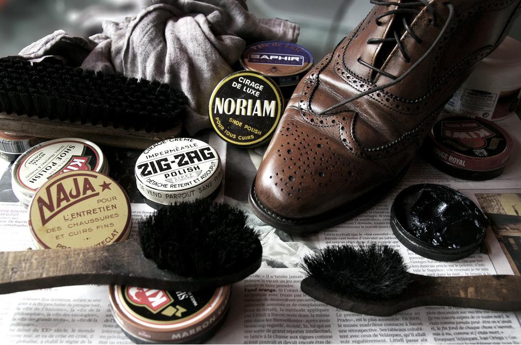 Cirage pour chaussure en cuir